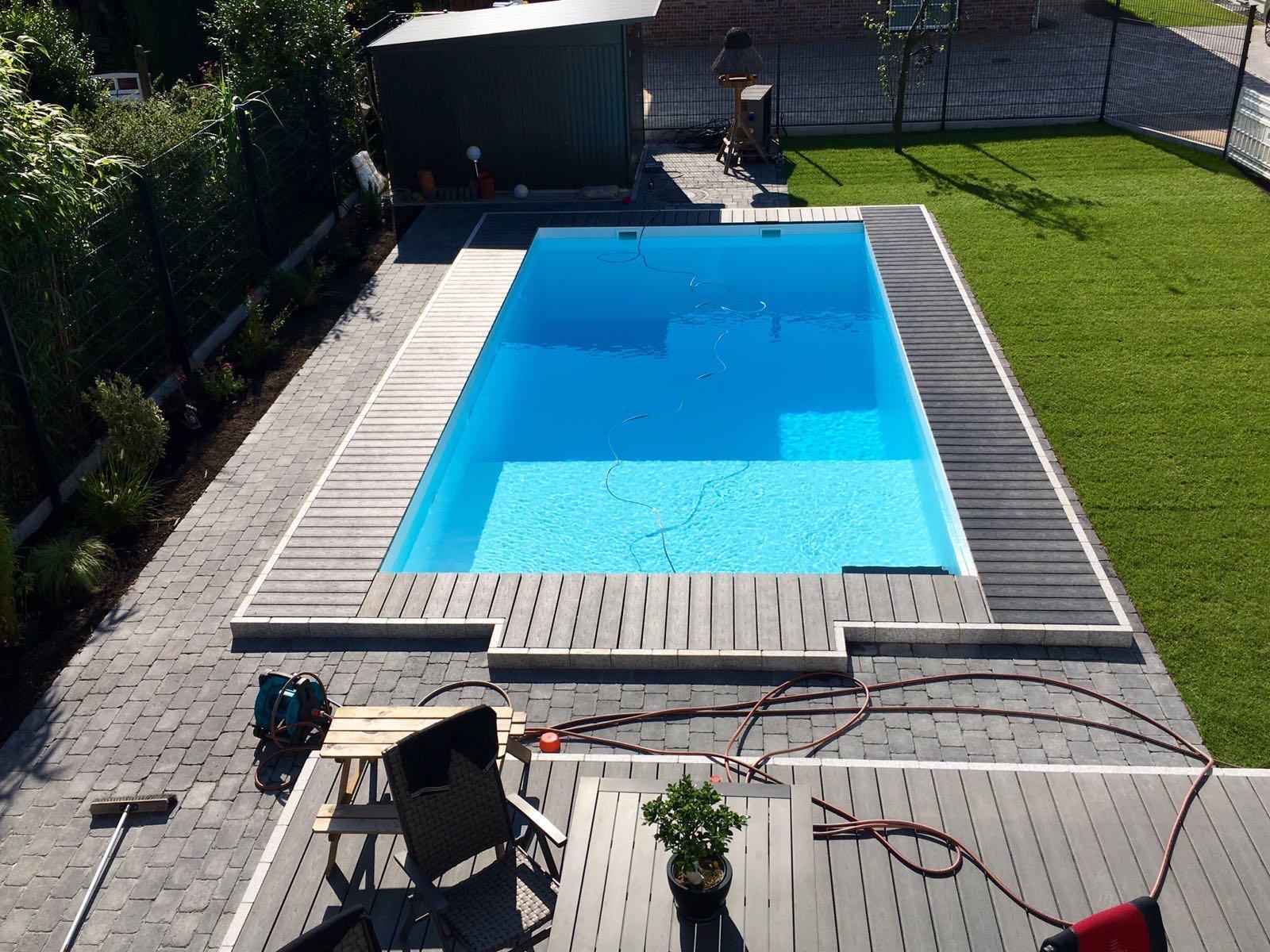 Schwimmbecken Brandenburg